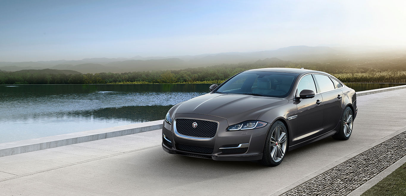 'जग्वार लँड रोव्हर'ची नवी कार भारतात लाँच; पाहा किंमत